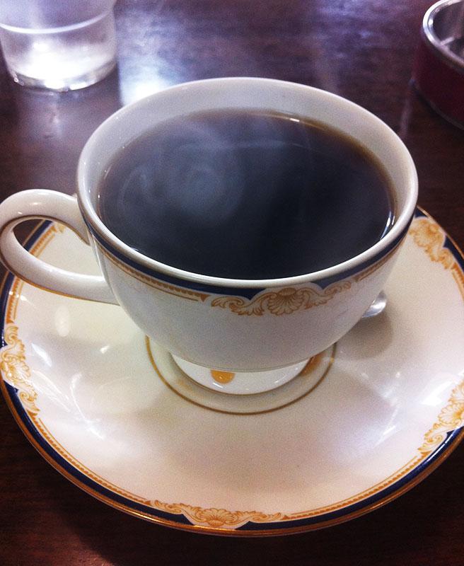 おじいさんが淹れてくれたコーヒー