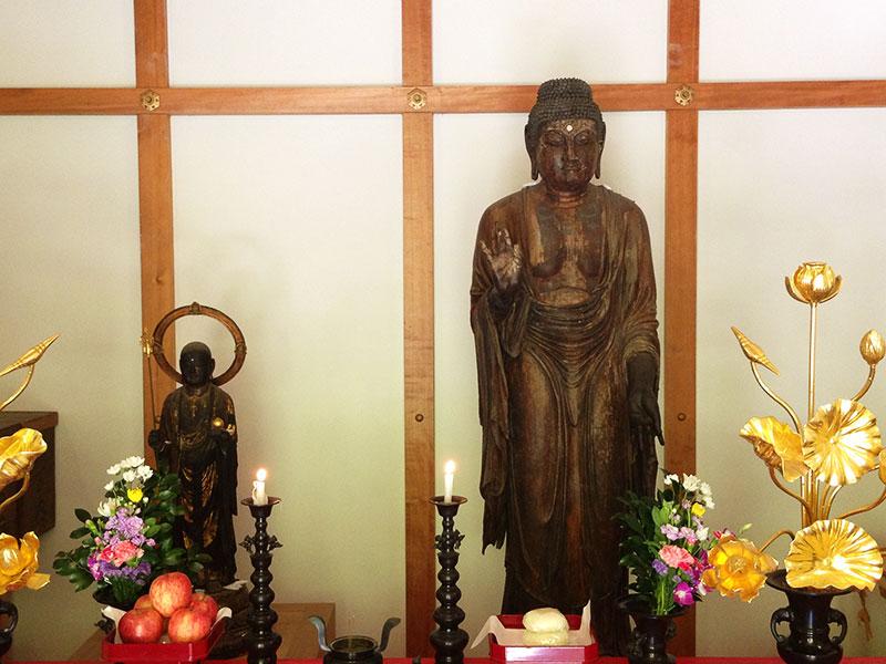 薬師如来像と地蔵菩薩像