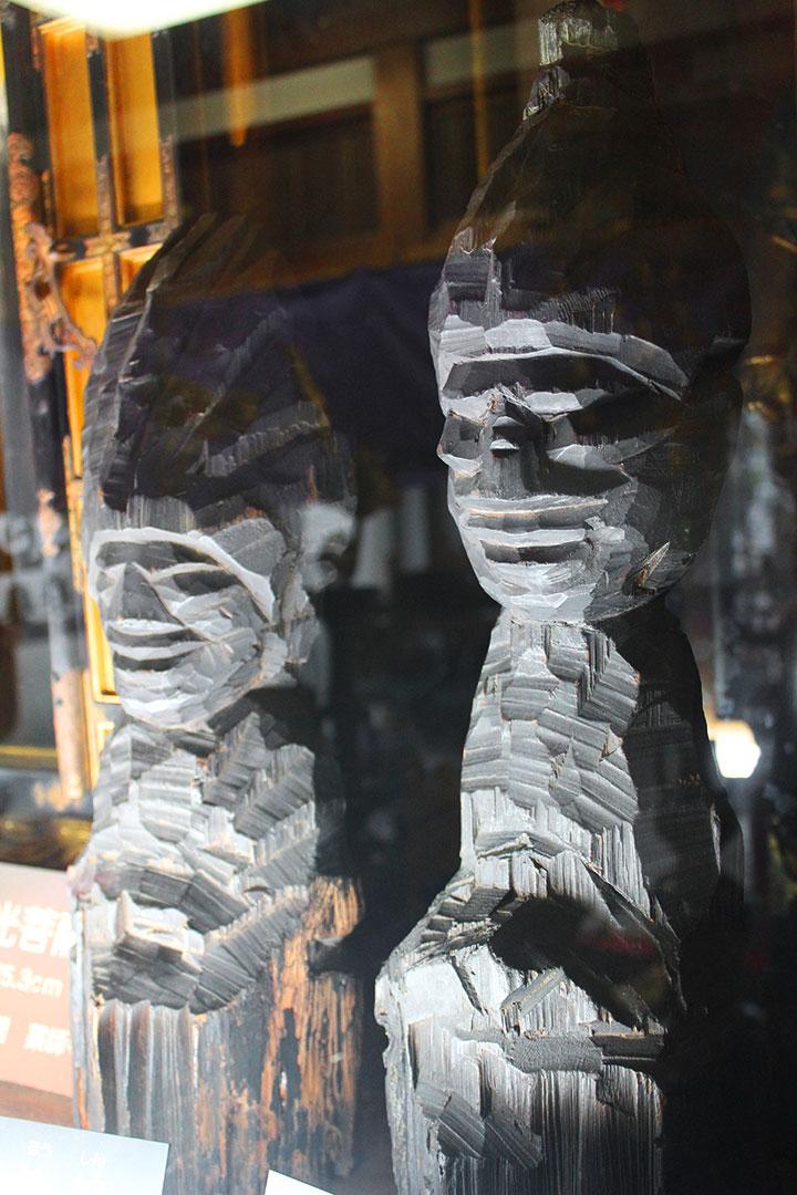 護法神像2体