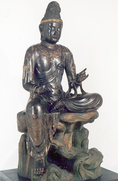 龍華寺菩薩像