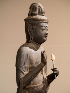聖観音菩薩立像(宝厳寺)