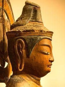 洞寿院 聖観音立像 頭部側面