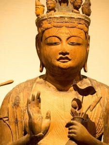 岡本神社 十一面観音坐像 正面上半身