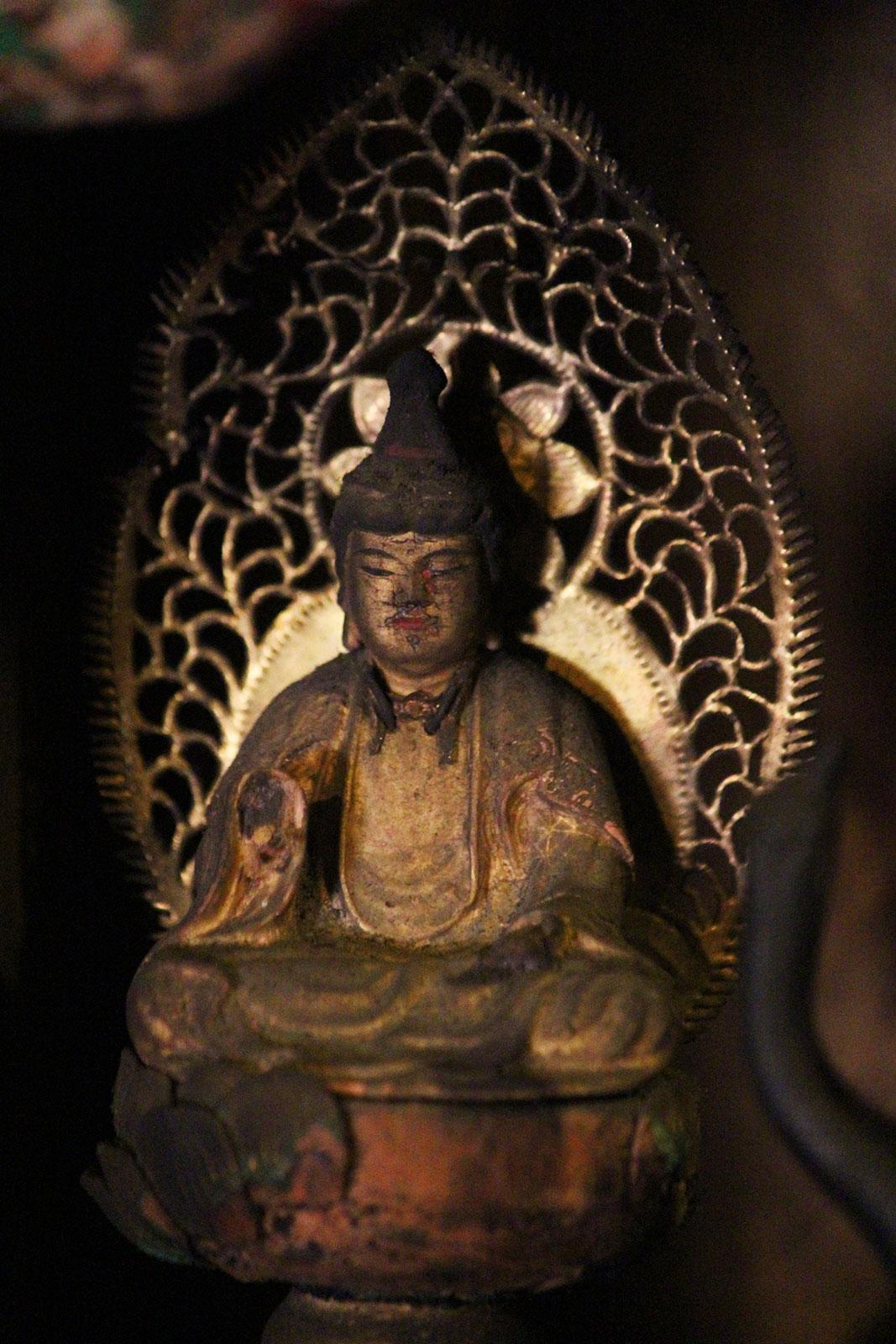 普賢菩薩坐像