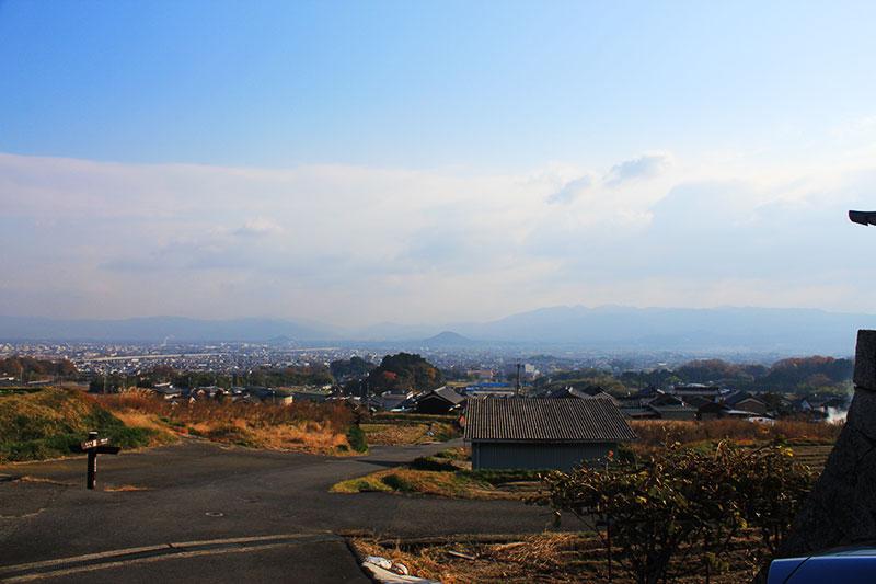 置恩寺からの奈良盆地