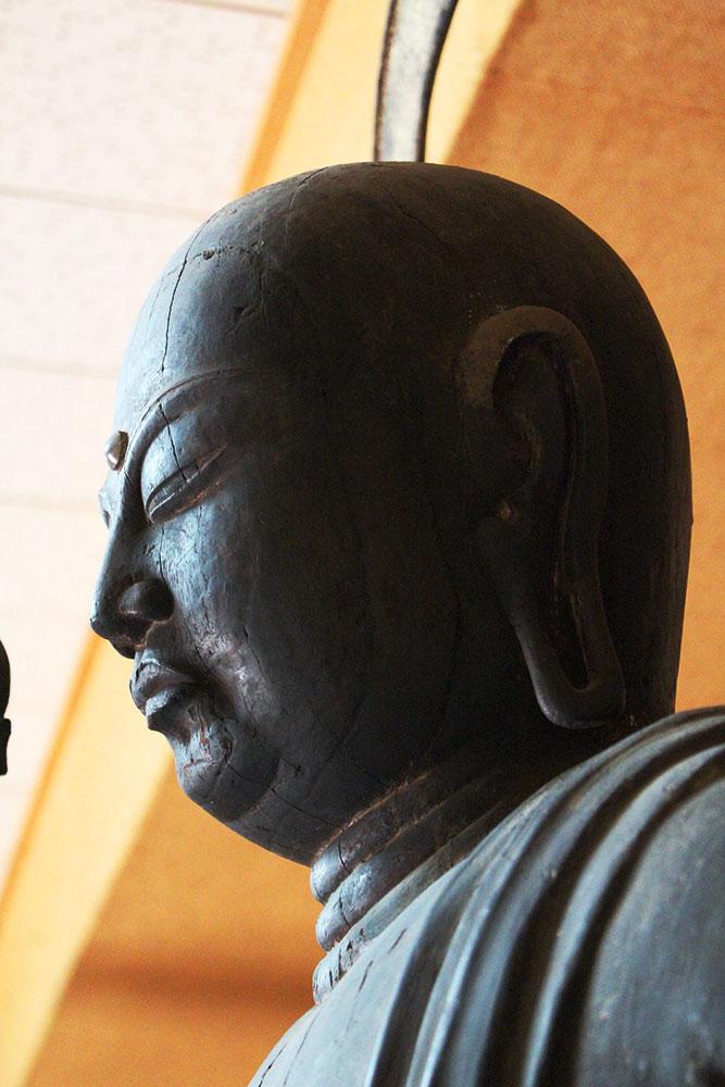 地蔵菩薩 横顔