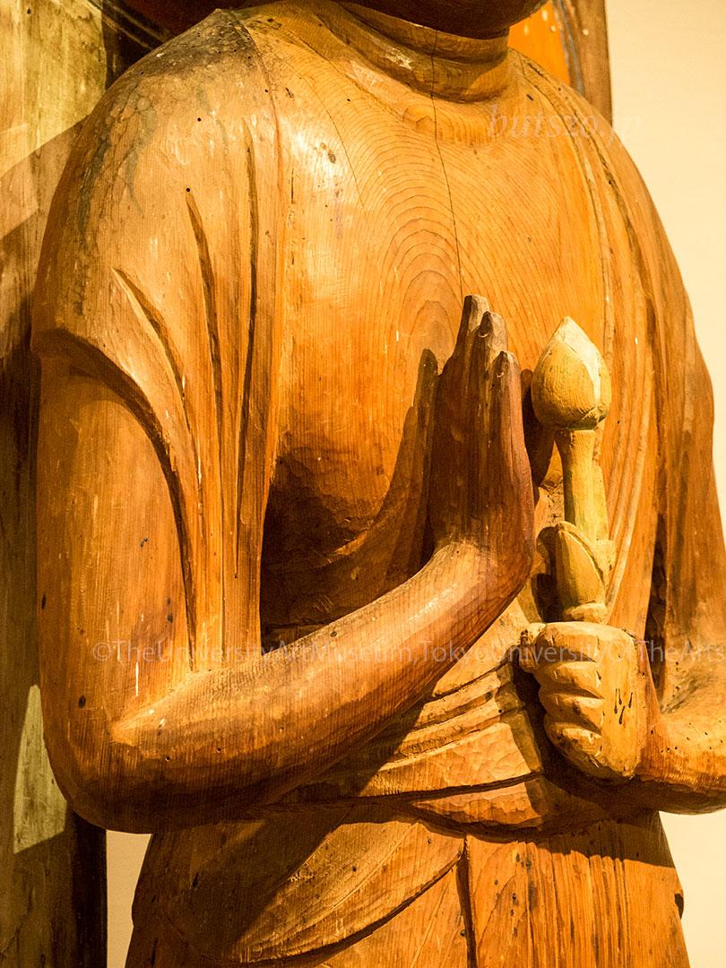 洞寿院 聖観音立像 胸部